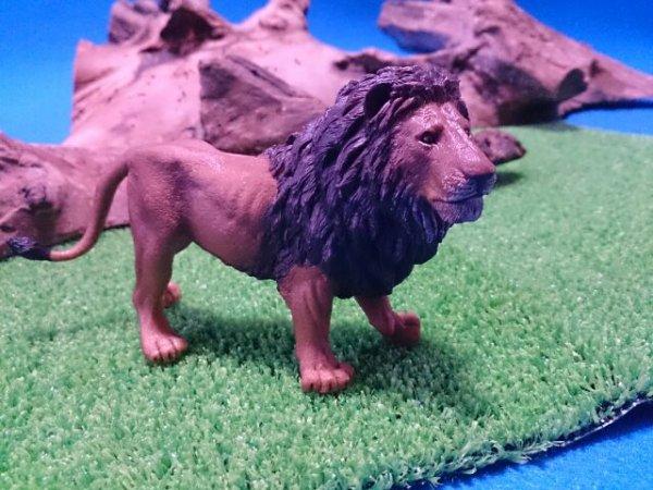 画像1: ライオン(Papo社製)